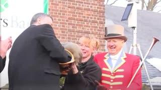 Mayor De Blasio Kills a Groundhog