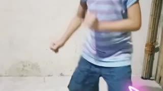 KIDS free style dance