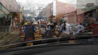 """Video registró """"insoportable"""" trancón por cierre de la calle 56 de Bucaramanga"""