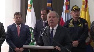 Ministro de defensa colombiano reitera que Venezuela acoge a guerrilleros del ELN