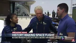 Richard branson makes historic spaceflight
