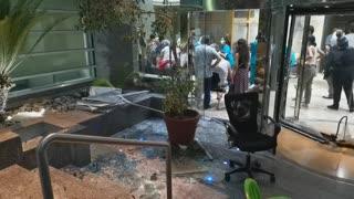 Más de 60 muertos y 3.000 heridos por la explosión en el puerto de Beirut