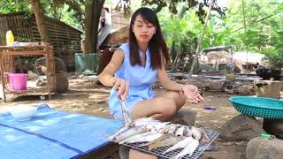 Yummy grill fish recipe _ Cooking skills _ Khmer Survival Skills