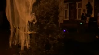Halloween house goes all out for decorations