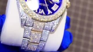 Beauty Gold Watch
