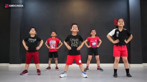 Kids dancing video