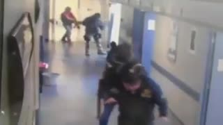 Mexican gunmen kidnap hospital patient