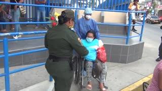 Mujer se recupera de coronavirus en Cartagena