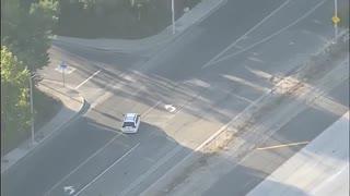 Mini Van Pursuit Goes Off Road!