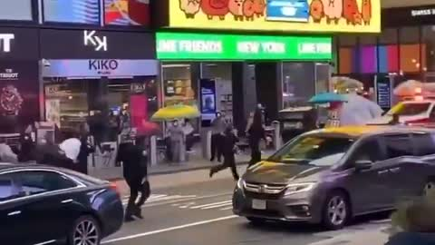 3-Year Old Shot in Times Square in NYC, Heroic NYPD Carries Her to Ambulance