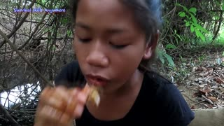The best food_ Cooking Lobster curry with Mushroom and Spicy chili - Survival skills Anywhere Ep 101