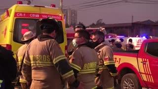 Incendio forestal en el centro de Chile obliga a evacuar a 25.000 personas