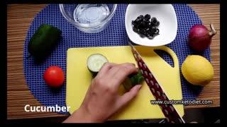 Keto Chicken and Cucumber Salad