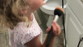 4 yr old having makeup time with mommy
