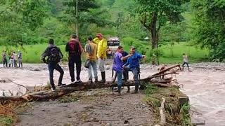 Cinco mil personas afectadas por el desborde de un río en el Carmen de Chucurí, Santander