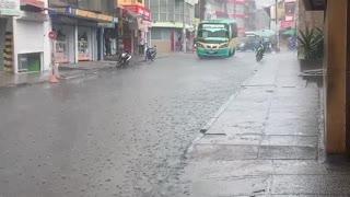 Fuerte aguacero cae sobre Bucaramanga la tarde de este miércoles
