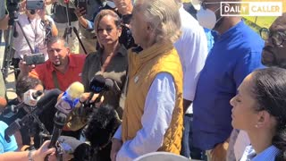 Al Sharpton HECKLED While Trying To Inject Racial Hatred Into Del Rio Crisis
