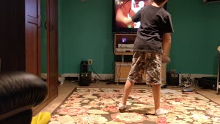 Spencer playing fruit ninja with dad VID_20181010_171352