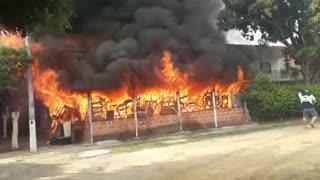 Dos personas resultaron afectadas tras incendio en Girón