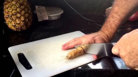 Gnarly Ol' Finger