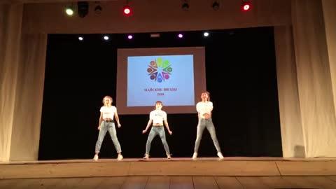 Dance crew 1