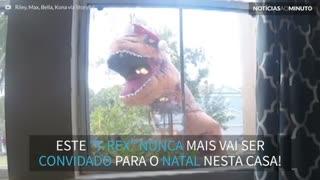 T-Rex arruína Natal!