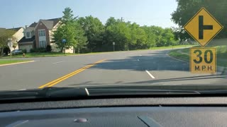 LINES AND DOTS IN THE ROAD | DRIVING LESSON WITH MR. T.