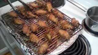 Eat! Drink! Smoke! Presents: Tommy Smoker's Crispy Chicken Wings