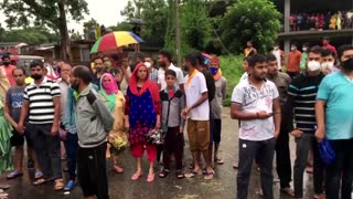 Flash floods in Indian hill state destroy homes