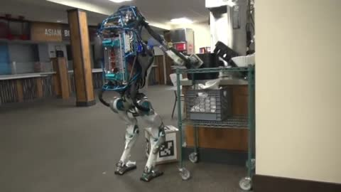 Hilarious Robot FAIL
