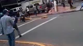 Video: Un accidente de tránsito habría desatado una violenta riña en Bucaramanga