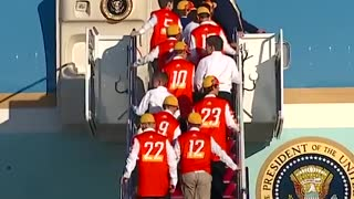 Little league champions board Air Force One with Trump