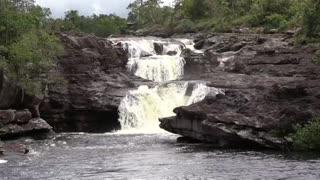 Turismo en Colombia: Caño Cristales, el río de los 5 colores [Video]