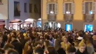 SVIZZERA (Lugano). Non c'è pandemia: