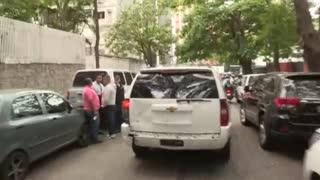 Hombres armados impiden el ingreso de opositores a la Asamblea Nacional de Venezuela