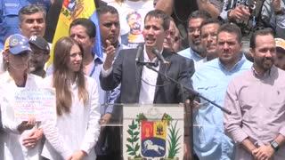 Guaidó convoca a reunión con sindicatos mañana y a manifestaciones el sábado