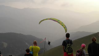 Parachute jump, accident