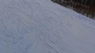 Downhill skiing complex