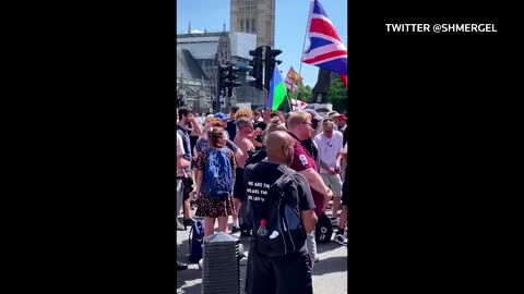 Hundreds protest UK lockdown extension in London