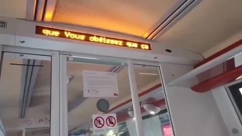 Message subversif anti dictature sanitaire COVID dans un train SNCF