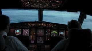 Amazing Plane Videos night landing