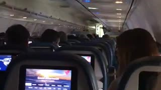 Trump Supporters Give Romney BRUTAL Welcome As He Boards His Flight