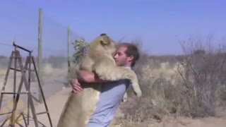 Creatures That Do Not Forget Their Owner After Years