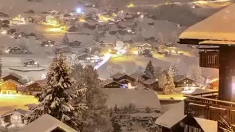Snowy nights in Switzerland ❄️