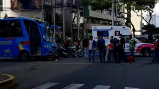 Accidente en el centro de Bucaramanga dejó a un motociclista muerto este jueves
