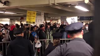 Thugs protest police for enforcing subway fare law