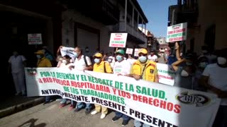 Bloquean calle de La Moneda: Anthoc protesta por el derecho a la salud