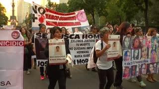 Actos vandálicos e indignación en manifestación contra la violencia machista en México