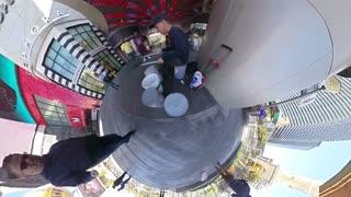 Unique street performer video in Las Vegas