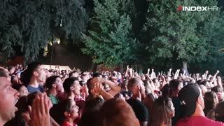 Reakcija hrvatskih navijača u Splitu na Vrsaljkov blok